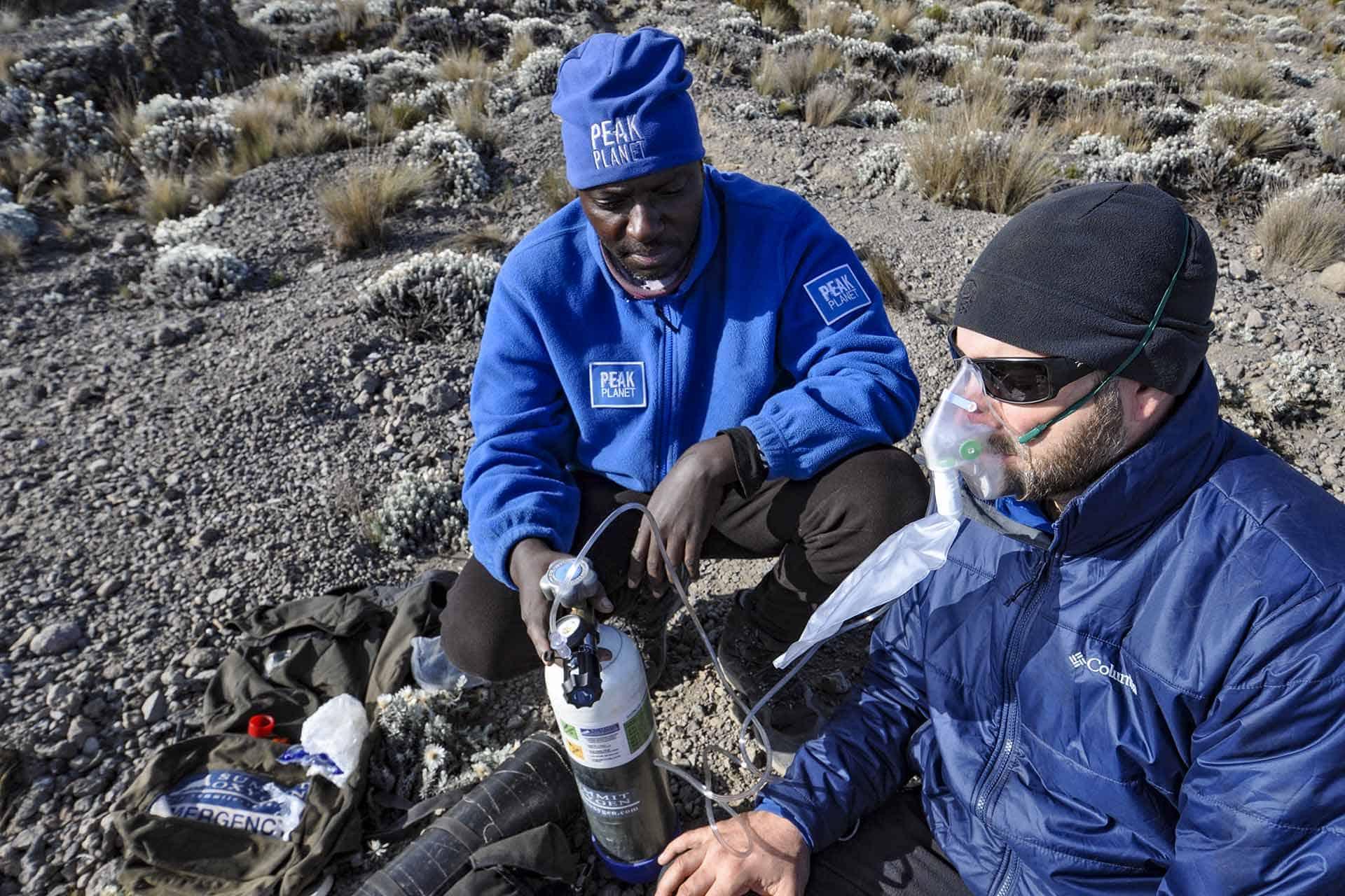 emergency oxygen kilimanjaro