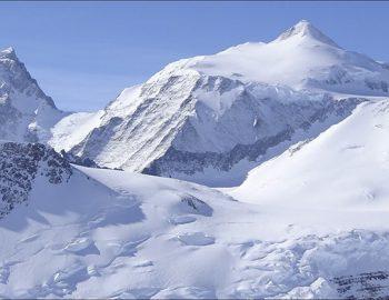 Vinson Massif, Antartica